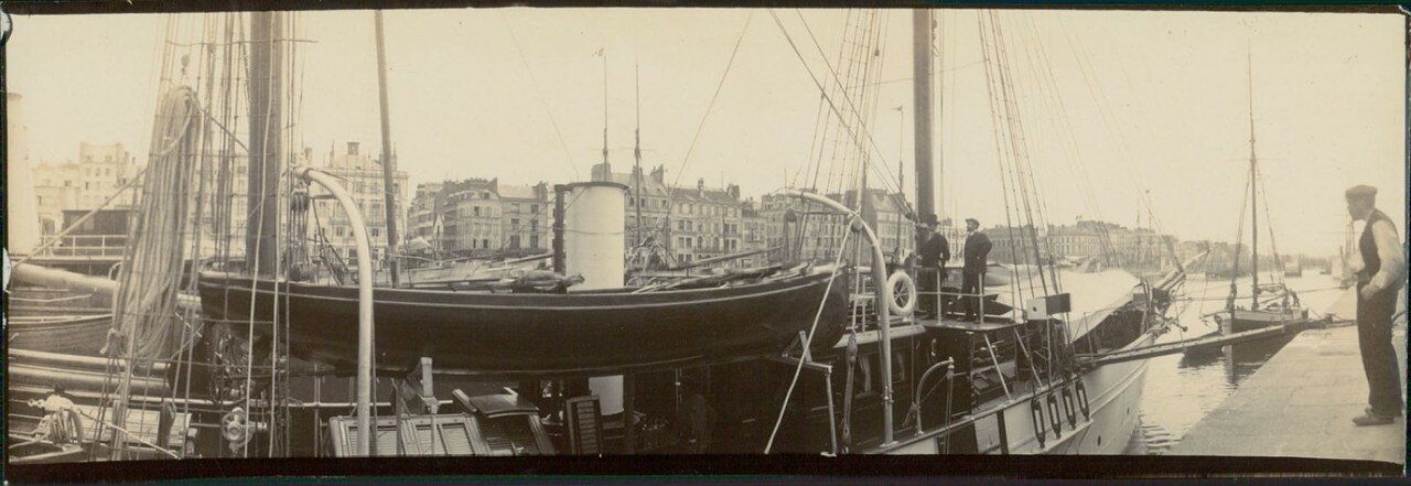 Гавр.  Корабли «Rose Marine», «Sandberg» и «Dr. Charcot»