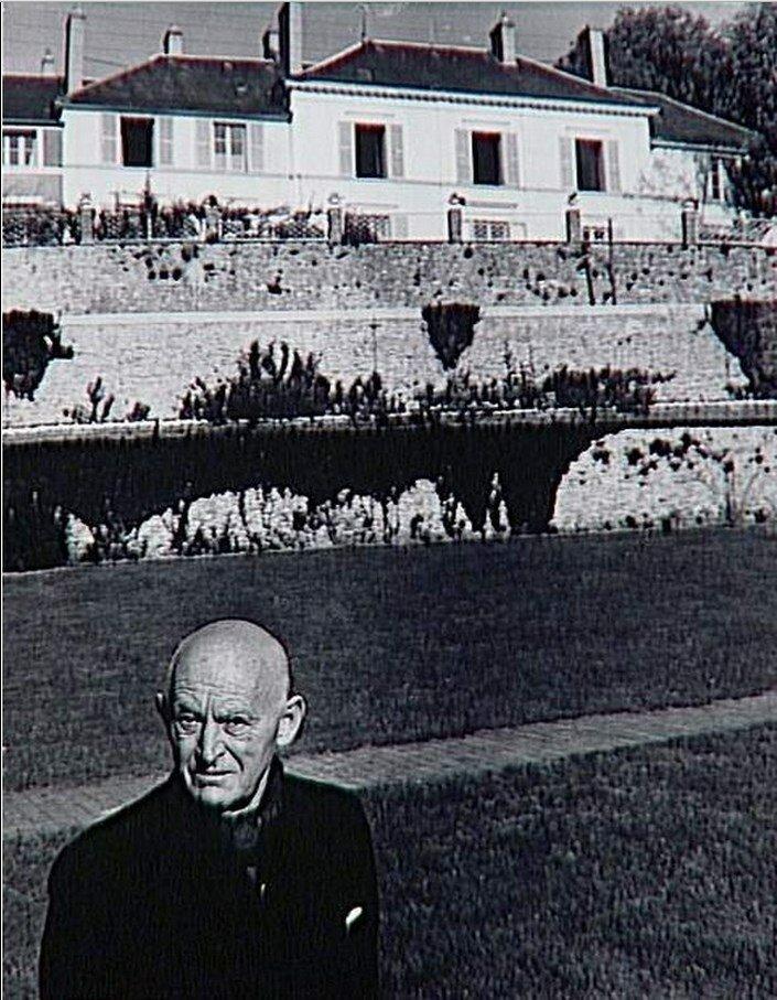 1960. Канвейлер в саду. Приорат в Сент-Илер