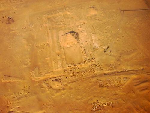 Пролетая над пирамидами Египта