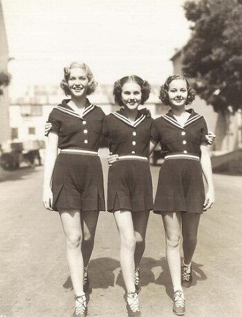 Publicity photo for �Three Smart Girls�.  Barbara Reed & Deanna Durbin & Nan Grey
