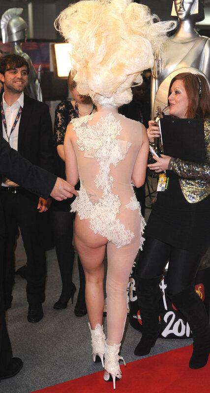 Леди Гага/Lady Gaga опять жжет по взрослому (4 фото)