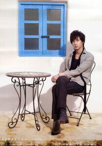 2010 Tohoshinki Calendar 0_3232c_d088413f_M