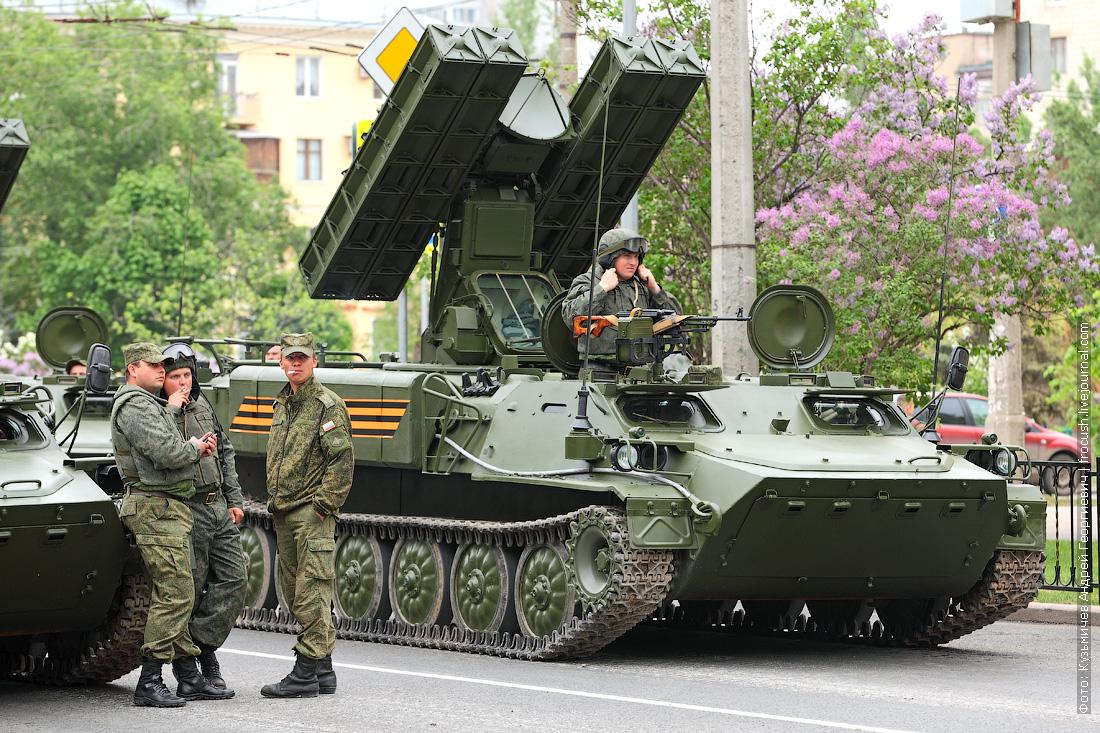Самоходный зенитно-ракетный комплекс Стрела-10