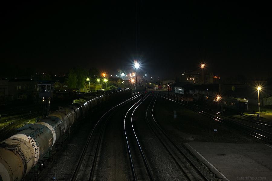 ЖД вокзал города Иваново ночью