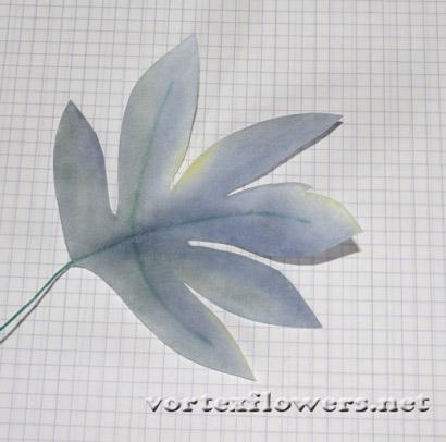 как сделать двойные листья для цветка из ткани