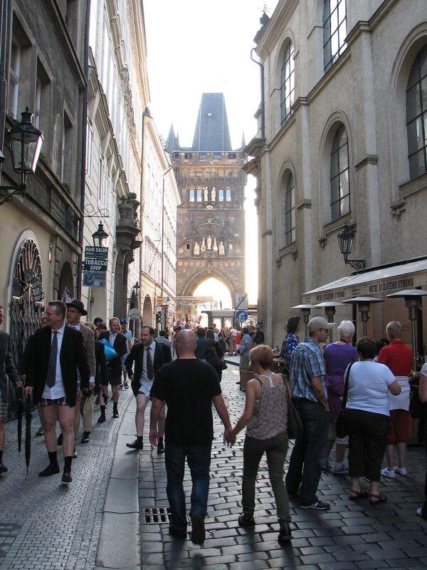 Прага улыбается