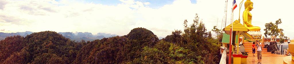 19. Панорама, открывающаяся с вершины Горы Тигровой Пещеры. На какие экскурсии поехать, отдыхая в Краби.