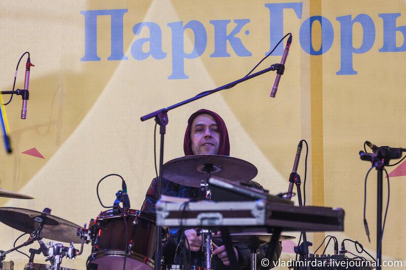 Дмитрий Фролов - барабаны