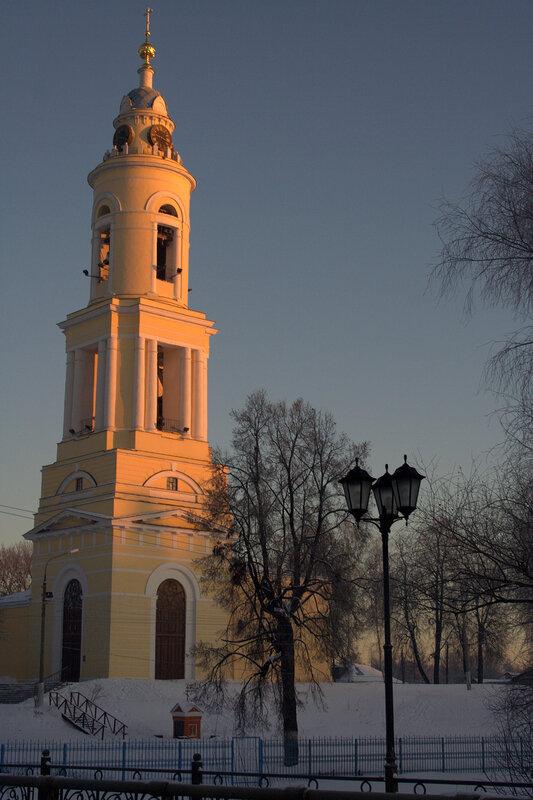 http://img-fotki.yandex.ru/get/4113/xbankir.ce/0_33b03_1c3ef998_XL.jpg