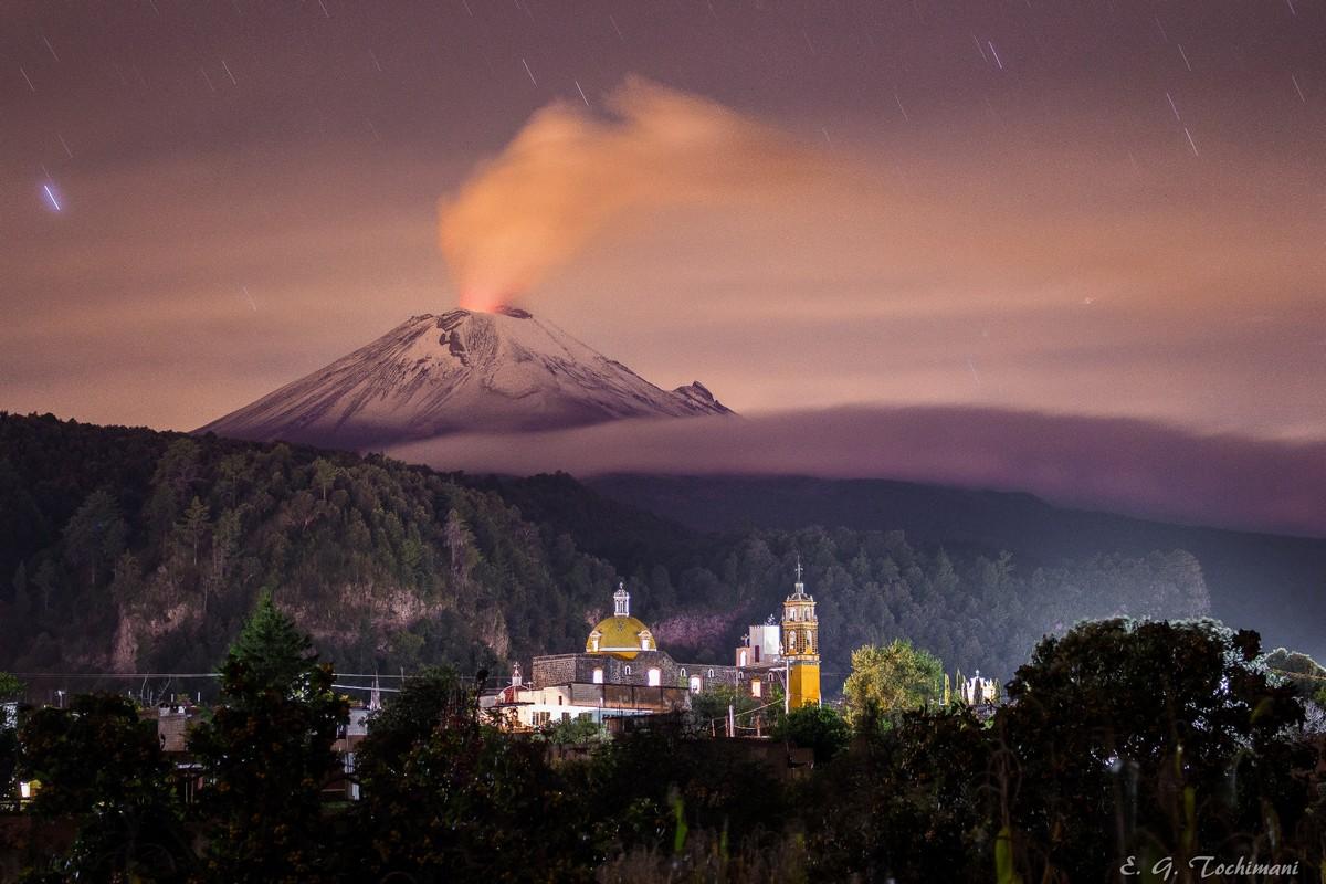 Замечательные снимки вулканов Эрика Гомеза Точимани