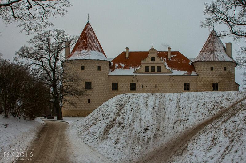 Bausky Castle-4.jpg