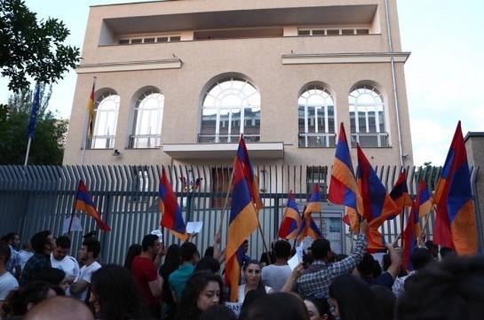 Германия многое потеряет от принятия «геноцида армян»— Депутат