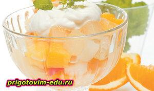 Мандарины с апельсиново-коньячным соусом