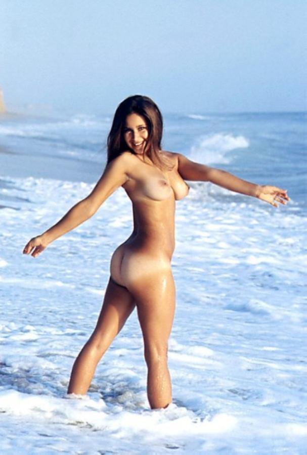 linda-naked-online