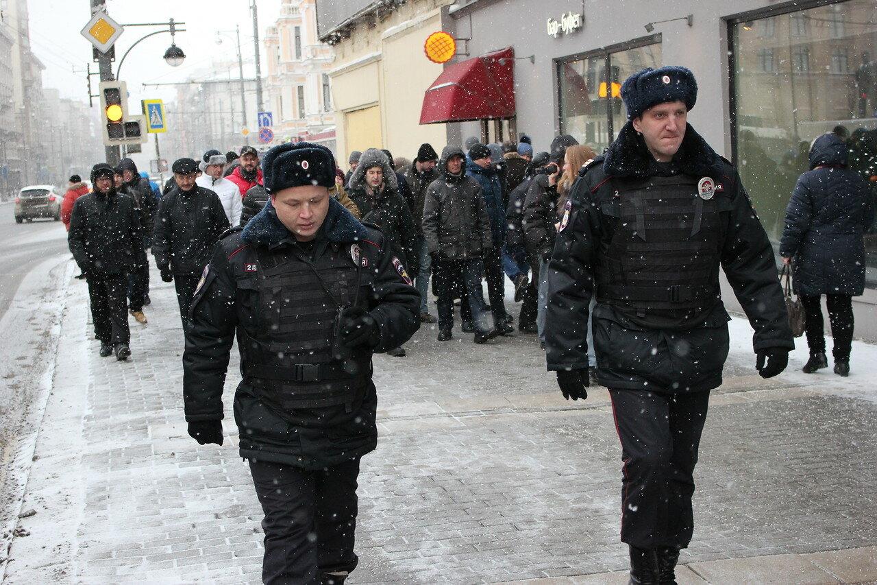 Оппозицию снова не пустили на Красную площадь