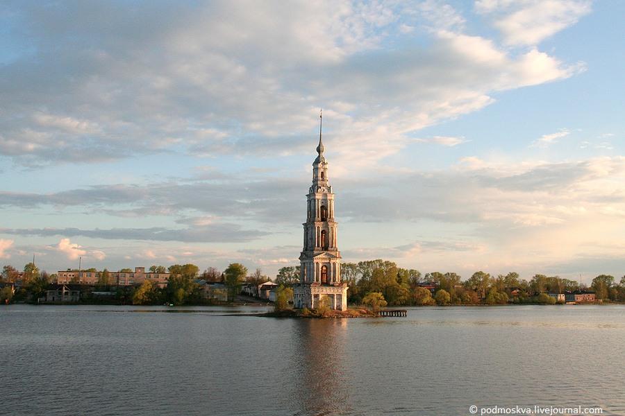 Главная достопримечательность калязина, колокольня никольского собора (1796-1800)
