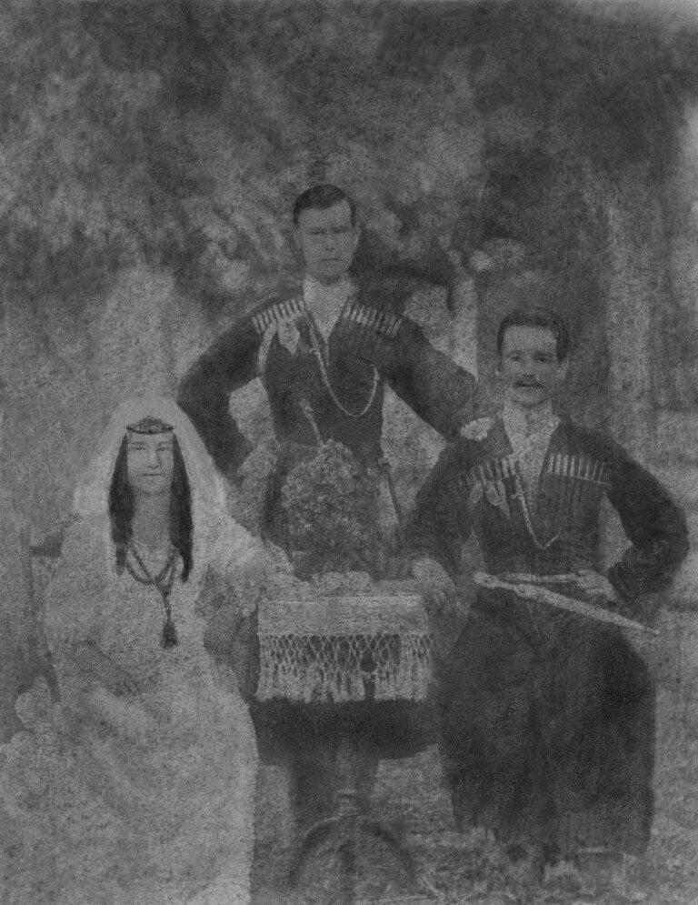 1880-е. Свадебная фотография казака Василия Капитоновича Тимошенко и грузинской княжны Като