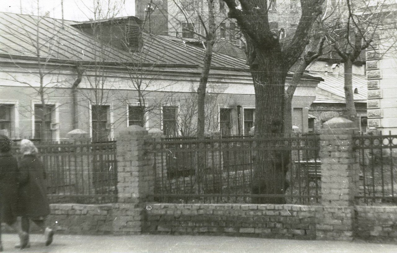 1960-е. Большой Левшинский переулок