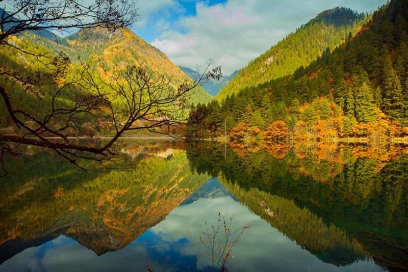 Осенние озера: 30 фотографий 0 145dde 51fb590e orig