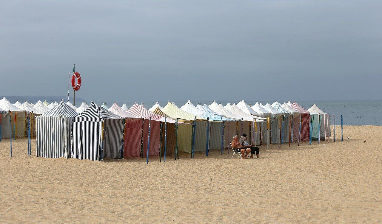 Назаре. Пляж и набережная