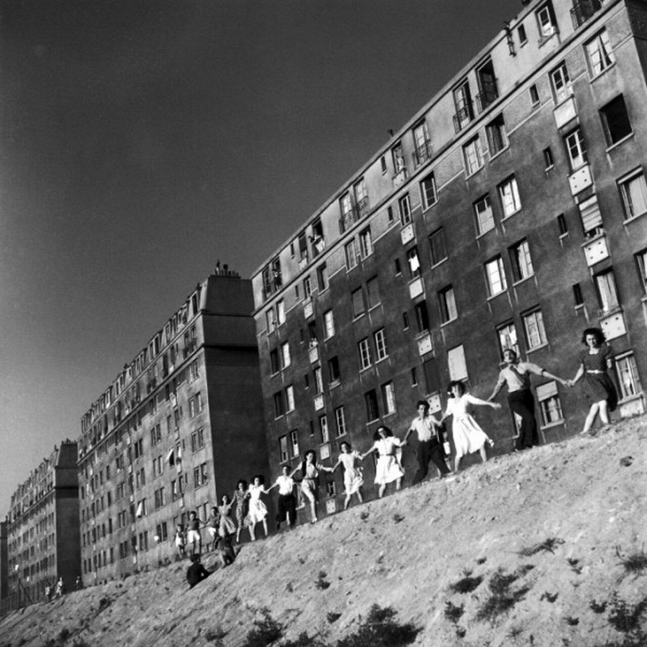 1945. В своем родном Жантилли