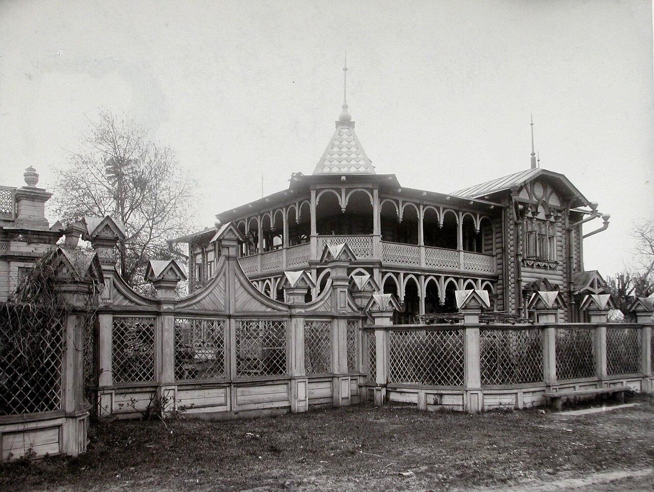 07. Общий вид здания, где размещалась детская колония