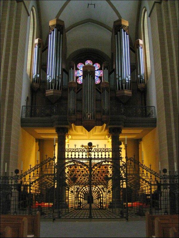Орган в Кафедральном соборе Падерборна