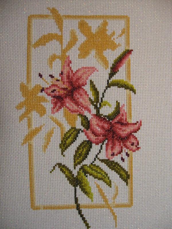 Вышивка лилии картинки