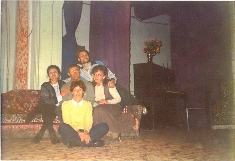 В театре (2)
