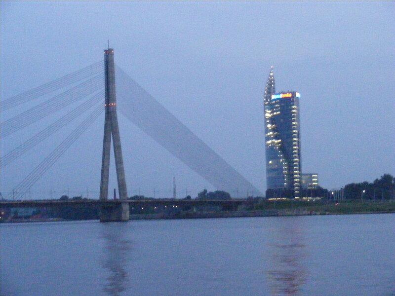 http://img-fotki.yandex.ru/get/4114/ungehindert.0/0_2e96e_a70a3f4d_XL