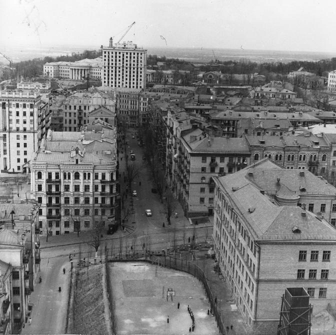 1960.04. панорама улицы Заньковецкой. Фото: Примаченко А.