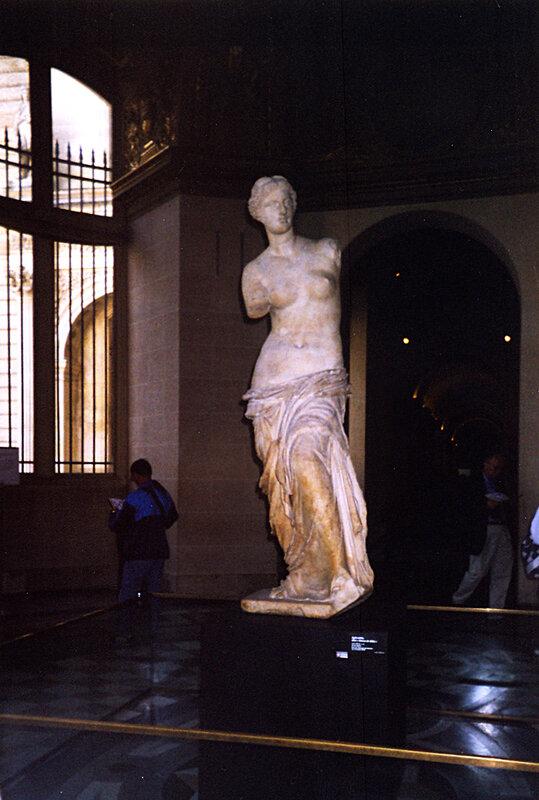 Венера Милосская, Лувр.