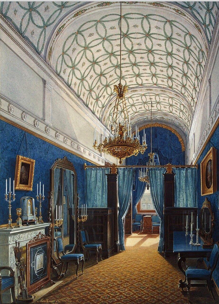 Интерьеры Зимнего дворца. Гардеробная комната императрицы Александры Федоровны
