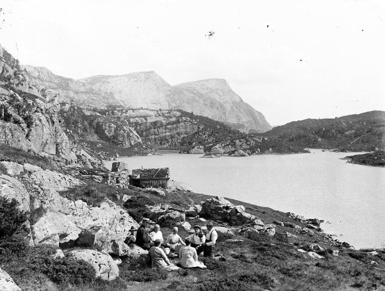 Пикник на горной ферме. 1910