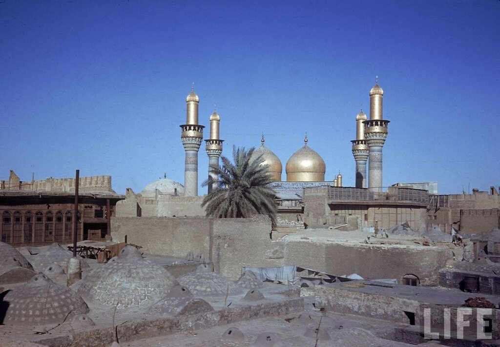 1945 Baghded Golden Dome Mosque Kessel.jpg