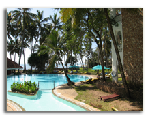 Кения. Момбаса. Sarova Whitesands Beach Resort & Spa. Swimming Pool
