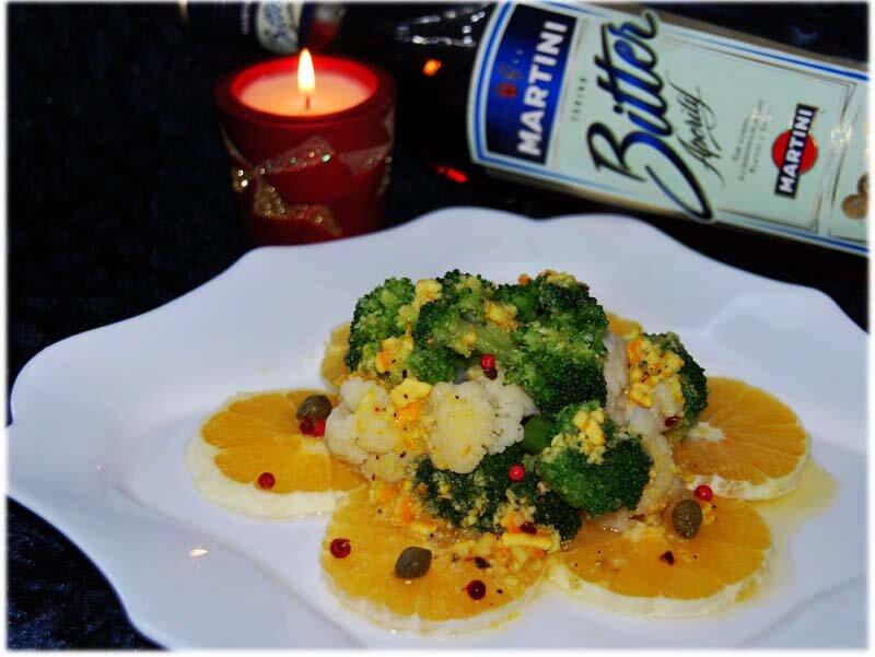 Капустный салат - новогодняя сервировка