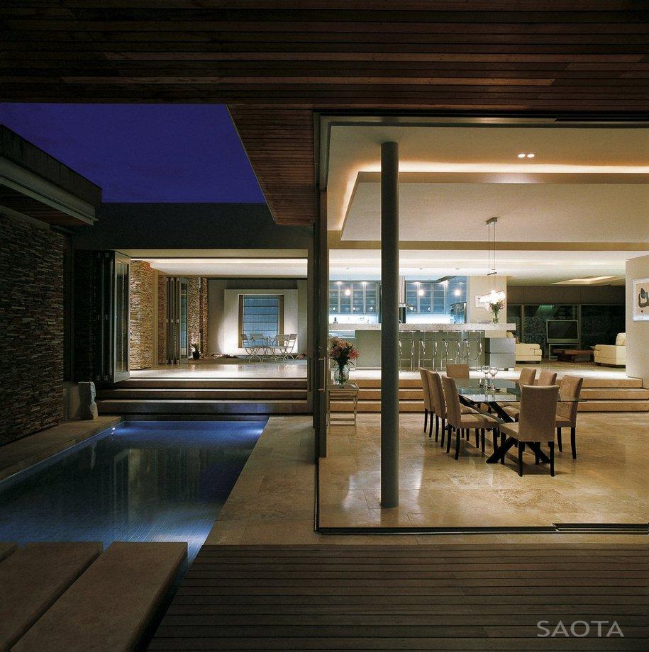 Смелый дизайн дома в Южной Африке от SAOTA