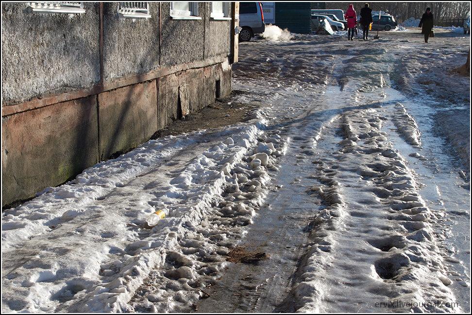 Лед на улицах Петропавловск-Камчатского