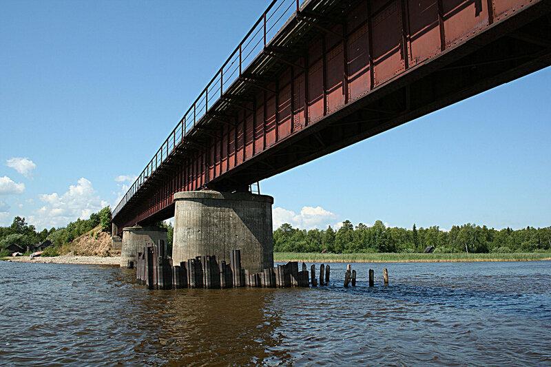 река Свидь мост