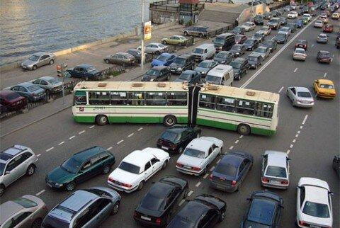Россияне не откажутся от личных автомобилей