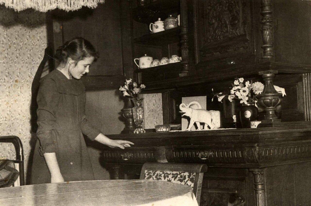 1950-е, комната в московской коммуналке
