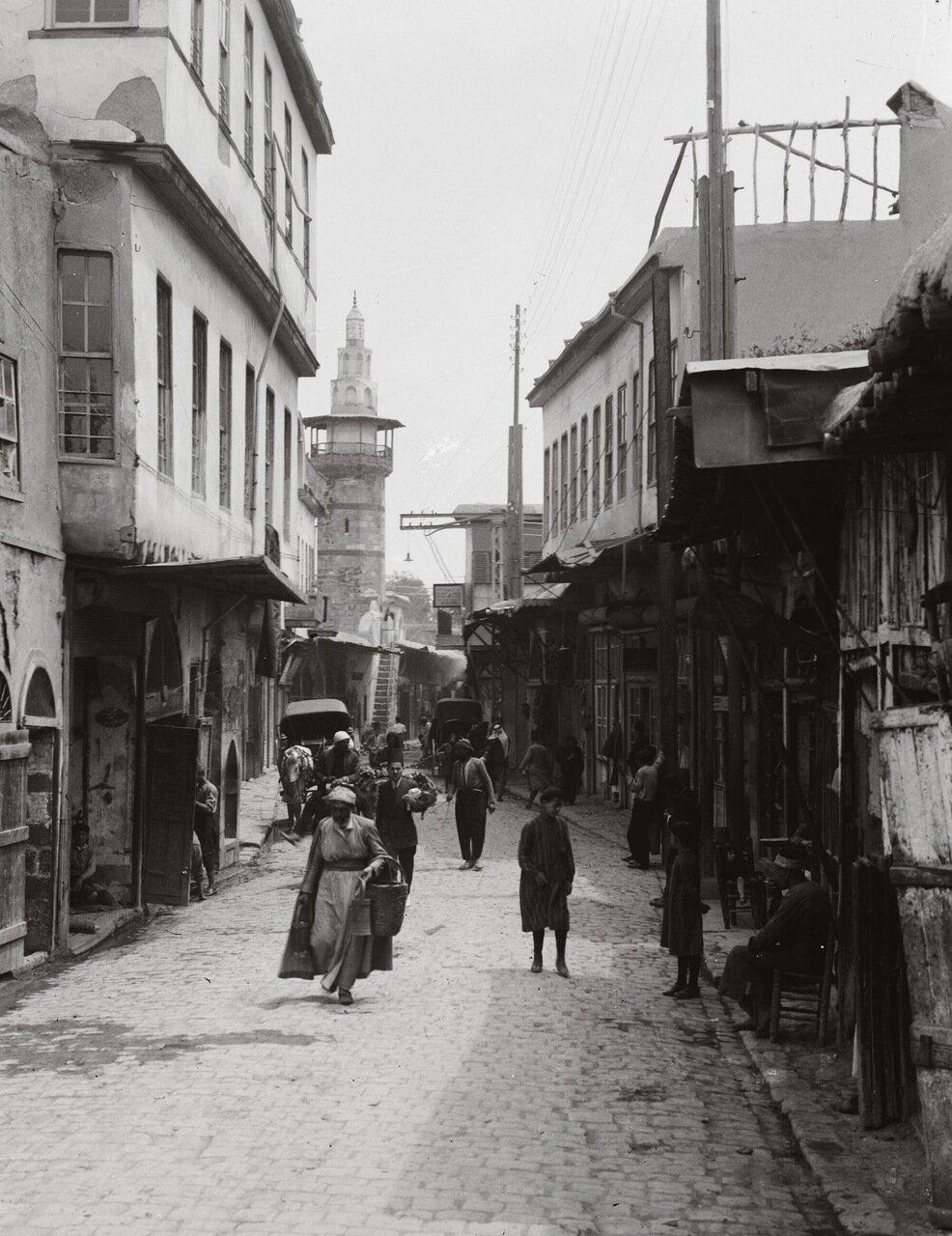 Прямая улица возле Восточных ворот. Дамаск, Сирия. 1920-1933 гг.