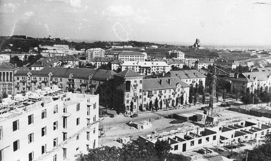 1958.07.30. Застройка между улицами Бастионной и Киквидзе