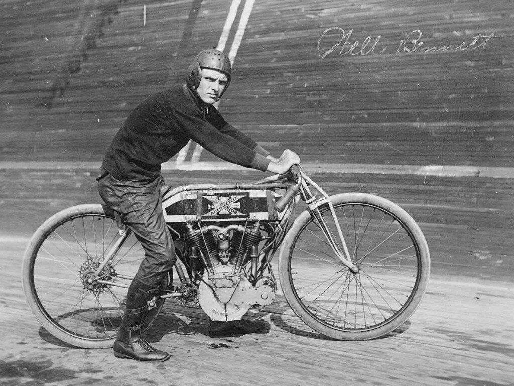 St.-Louis-Motordrome-Racer-Wells-Bennett-01-1024x769.jpg