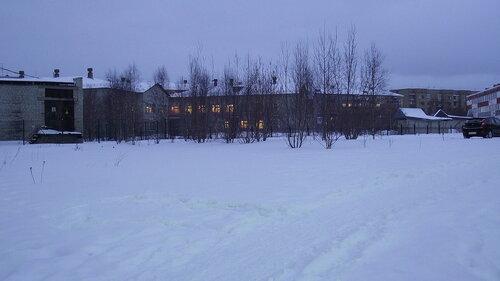 Фото города Инта №2231  Воркутинская 11, 7 и 9 (-4 градуса, довольно сильный порывистый ветер, идёт небольшой снег) 06.12.2012_14:40
