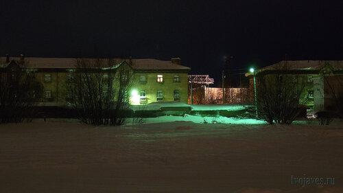 Фотография Инты №2544  Северная сторона домов Промышленная 8 и 10 30.01.2013_17:06