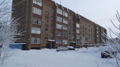 Фото города Инта №3502  Северо-западный угол Морозова 8 10.02.2013_12:05