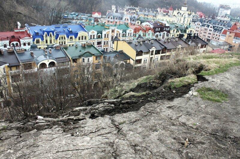 Место оползня на Фроловской горе