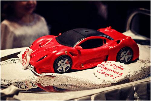 дизайнерский торт концепт феррари 599